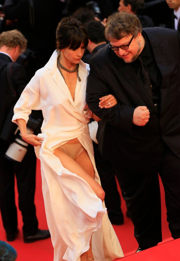 PAYSophie-Marceau-suffers-a-wardrobe-malfunction-on-the-red-carpet