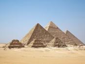 DoQ_repülő piramisok, szárnyaló kőtömbök_2